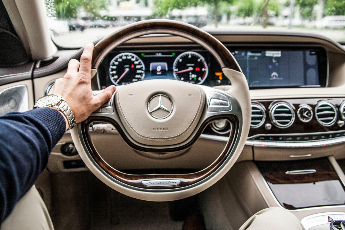 Top 5 Best Luxury Cars to drive in 2019